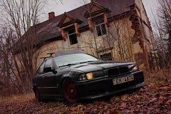 Bmw e36, 1991年,黑暗地 免版税库存图片