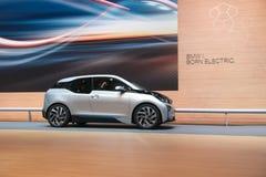 BMW i3 é a primeira estreia mundial automobilístico todo-elétrica superior do mundo imagem de stock
