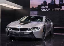 BMW 2018 i8, NAIAS fotografie stock