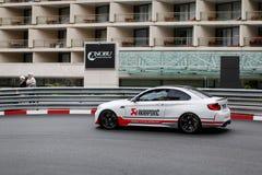 BMW m2 con lo scarico di Akrapovic Fotografie Stock
