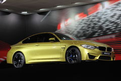 BMW M4 kupé på AMIEN Leipzig Tyskland Royaltyfri Bild