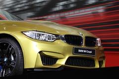 BMW M4 kupé på den auto mobila internationalen Arkivfoto