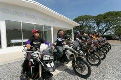 BMW MOTORAT驾驶教的BMW GS 800的泰国在2015年6月6日 库存图片
