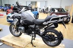 BMW-Motorrad angezeigt an der 3. Ausgabe von MOTO-ZEIGUNG in Krakau Lizenzfreie Stockfotografie