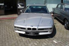 BMW 850 Sikt av bilen Klassisk bil Arkivbild