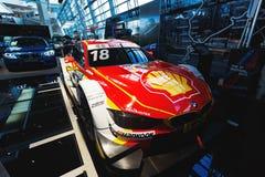 BMW som är sportcar på utställningen Arkivfoton