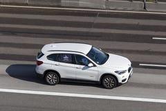 BMW X1 na autostradzie Zdjęcie Stock