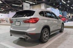 BMW X1 sDrive28i на дисплее Стоковое Изображение RF