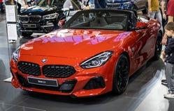 BMW Z4 bij de internationale de auto en de motorshow van 54ste Belgrado royalty-vrije stock afbeeldingen