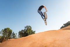 BMX自行车特技神色 免版税图库摄影