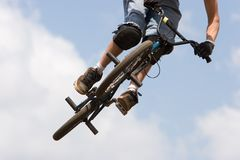 BMX biker Airborne Royalty Free Stock Photos