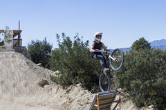 BMX cyclist jumping Royalty Free Stock Photos
