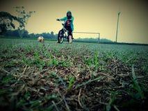 Bmx och fotboll Royaltyfria Foton