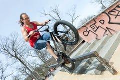 BMX Rider Doing Tricks Imágenes de archivo libres de regalías