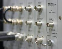 BNC Verbinder und Seilzüge stockbild