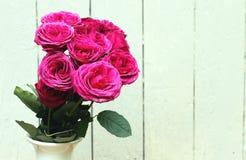 Bündel rosafarbene Rosen Lizenzfreie Stockbilder