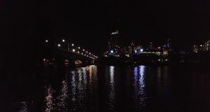 BNE miasta nocy rzeki południowy widok zdjęcie royalty free