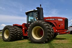 BNew Versatile 500 tractor. CASSELTON, NORTH DAKOTA, July 23, 2018: The new Versatile 500 tractor is a Canadian brand of agricultural equipment that has also Stock Images