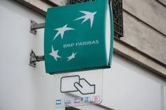 BNP Paribas-banktak stock foto's