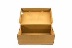 Boîte à chaussures de Brown sur le fond blanc avec le chemin de coupure Image stock