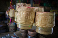 Boîte à riz faite à partir du bambou Photographie stock libre de droits