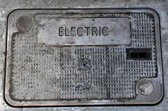 Boîte électrique souterraine tout le cloeup photographie stock libre de droits