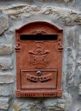 Boîte aux lettres rouge Photographie stock
