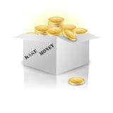 Boîte avec des pièces d'or Photographie stock libre de droits