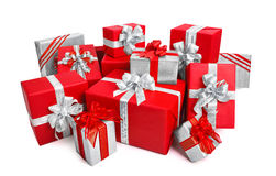 Boîte-cadeau élégants en rouge et argent Photographie stock