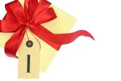 Boîte-cadeau avec le numéro un Photographie stock libre de droits