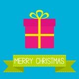 Boîte-cadeau avec le ruban et l'arc. Carte de Joyeux Noël. Images libres de droits