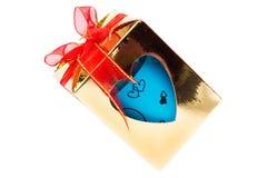 Boîte-cadeau d'amour, chemins de coupure Photo libre de droits