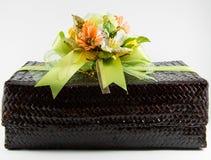 Boîte-cadeau de bouquet de fleur Photo libre de droits