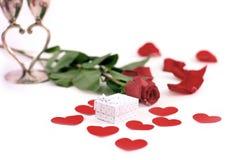 Boîte-cadeau de jour du ` s de Rose et de Valentine Image libre de droits