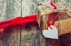 Boîte-cadeau de Saint-Valentin Images stock