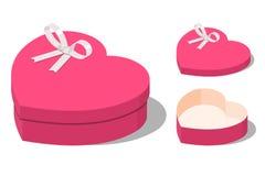 Boîte-cadeau en forme de coeur actuels ouverts et fermés Photo stock