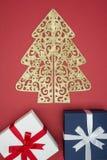 Boîte-cadeau en vente de jour de Noël et lendemain de Noël d'achats Image libre de droits