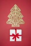 Boîte-cadeau en vente de jour de Noël et lendemain de Noël d'achats Photo stock