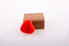 Boîte-cadeau et un coeur Photo stock
