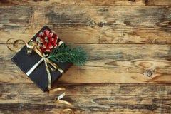 Boîte-cadeau noir de Noël Images libres de droits