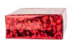 Boîte-cadeau rouge simple d'isolement sur le fond blanc images libres de droits
