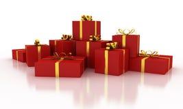 Boîte-cadeau rouges de Noël avec des rubans d'or Images stock