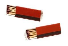 Boîte d'allumettes rouge d'isolement sur le blanc Photos stock