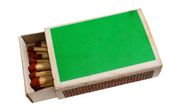 Boîte d'allumettes utilisée avec des allumettes Image stock