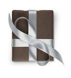 Boîte de cadeau de Noël d'isolement sur le blanc Photo libre de droits