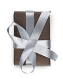 Boîte de cadeau de Noël d'isolement sur le blanc Image libre de droits