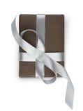 Boîte de cadeau de Noël d'isolement sur le blanc Photos stock