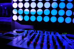 Boîte de nuit DJ matériel son Images libres de droits