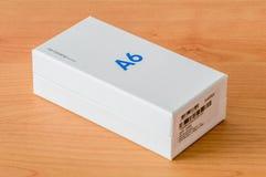Boîte de papier de la galaxie A6 de Samsung de téléphone portable photo stock