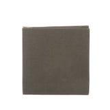 Boîte de papier noire d'isolement sur le blanc Images libres de droits